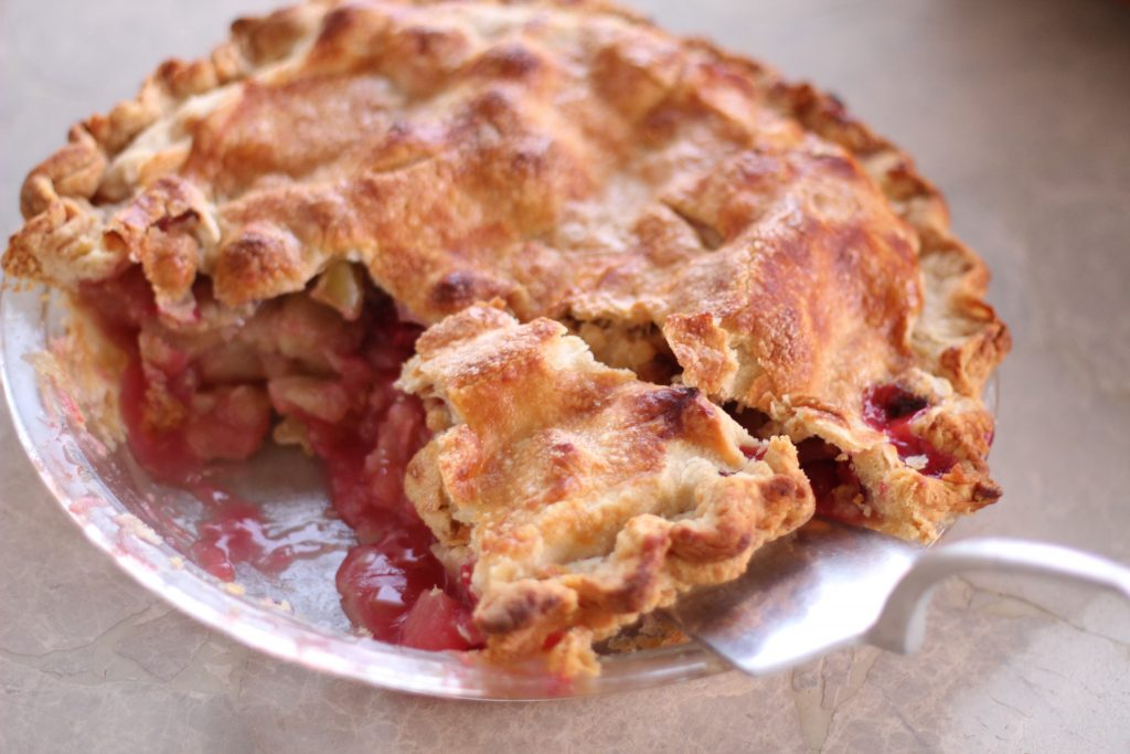 Fresh Apple Cranberry Pie