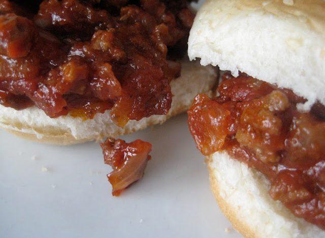 Sloppy Joes with Homemade Hamburger Buns