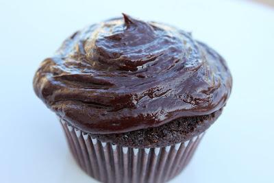 Williams Sonoma Chocolate Cupcakes with Sour Cream Fudge Frosting