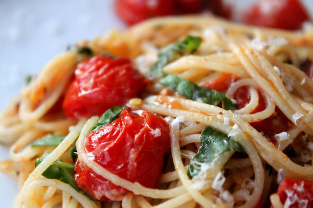 capellini with tomatoes and basil - a bountiful kitchen