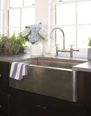 Country Living Country Sinks | A Bountiful Kitchen