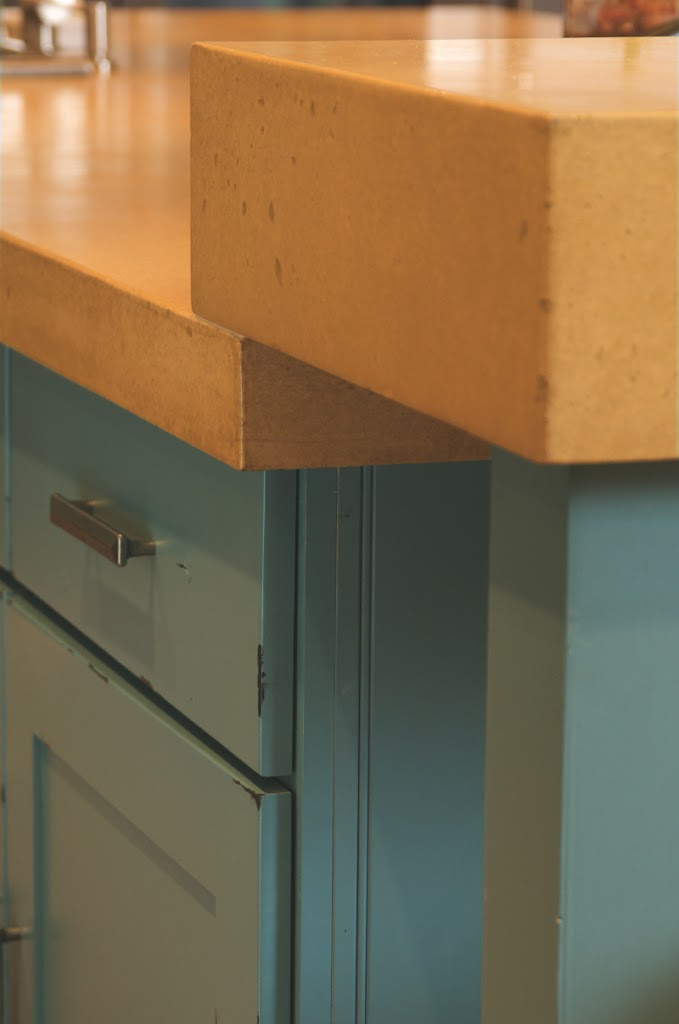 Colorado Homes Turquoise Kitchen