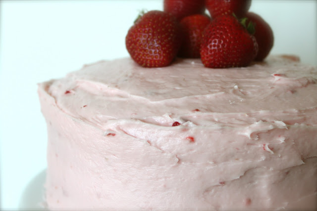 Fresh Strawberry-Jello Cake with Strawberry Cream Cheese Frosting