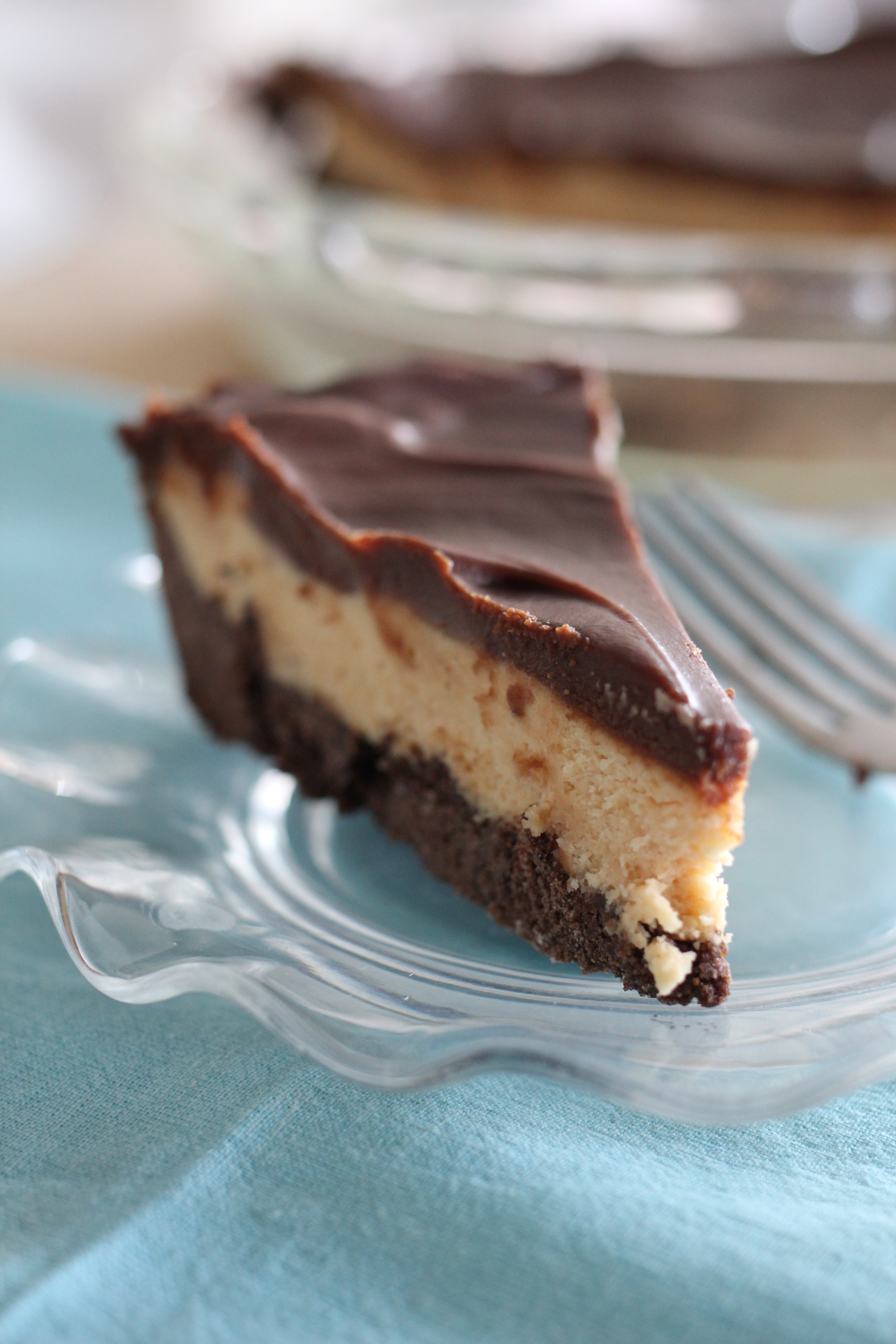 Southern Peanut Butter Pie with Homemade Fudge Topping