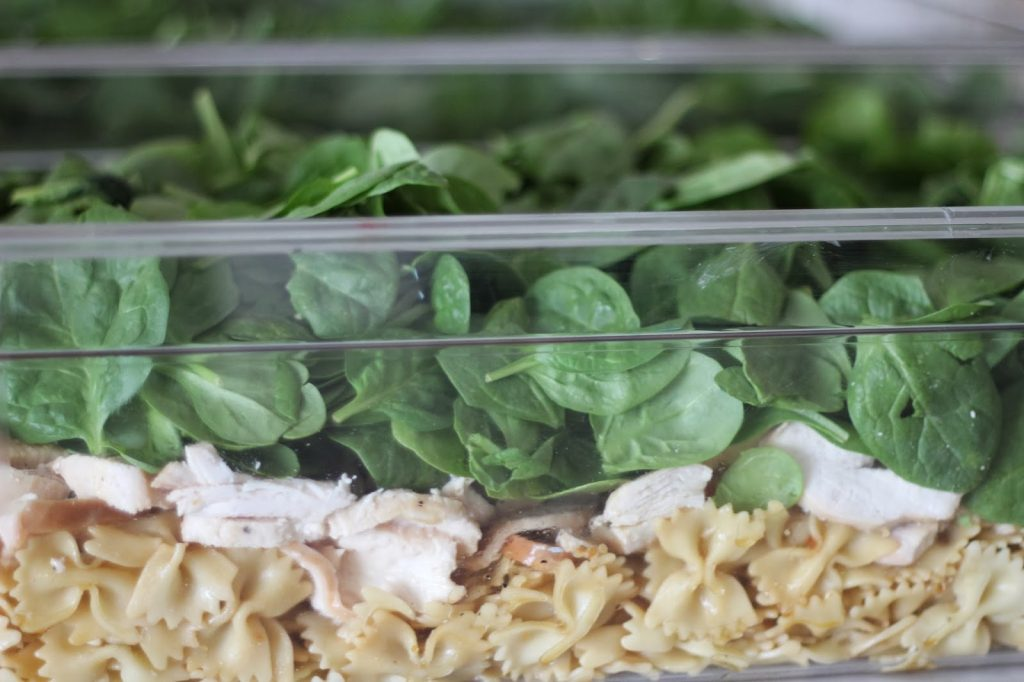 Spinach, Chicken and Bowtie Pasta Salad for 100