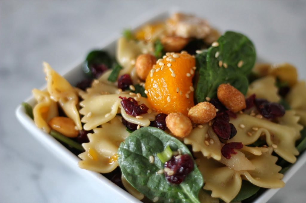 Spinach Chicken and Bowtie Pasta Salad (for 10 or 100)