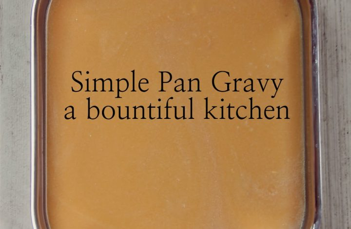 Simple Pan Gravy