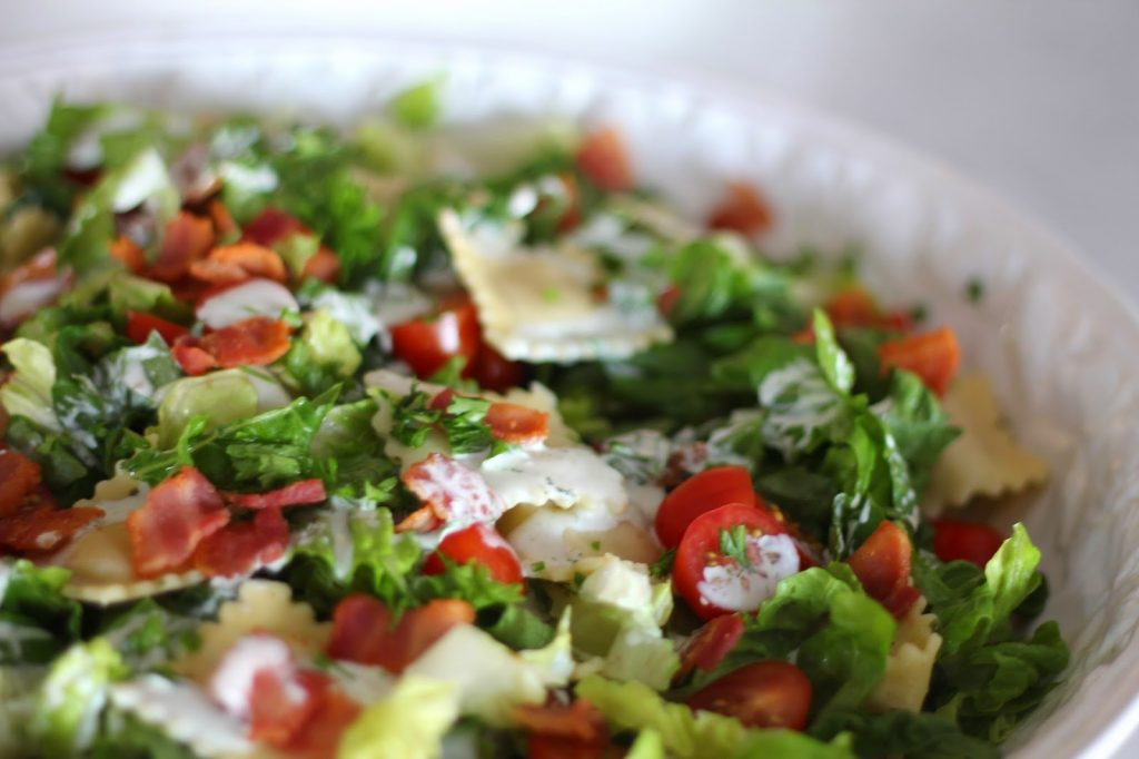 BLT Pasta Salad with Buttermilk Ranch Dressing