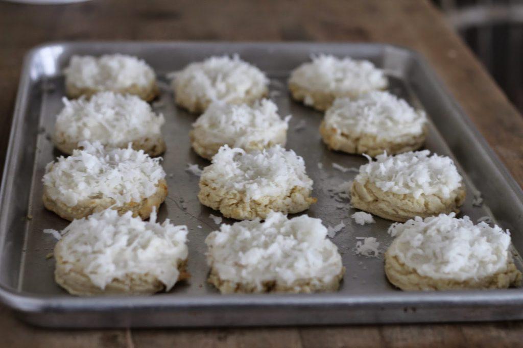 Coconut Cream Swig Cookie