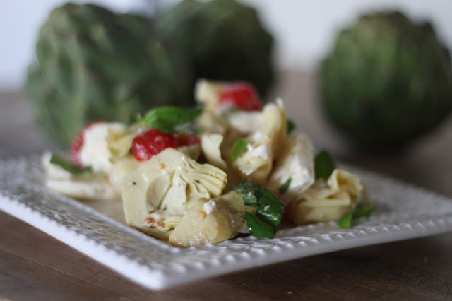 Caprese Pasta and Artichoke Salad
