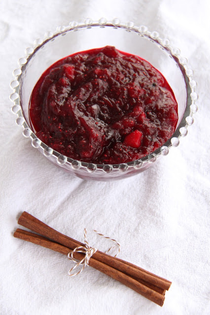 Apple Spice Cranberry Sauce