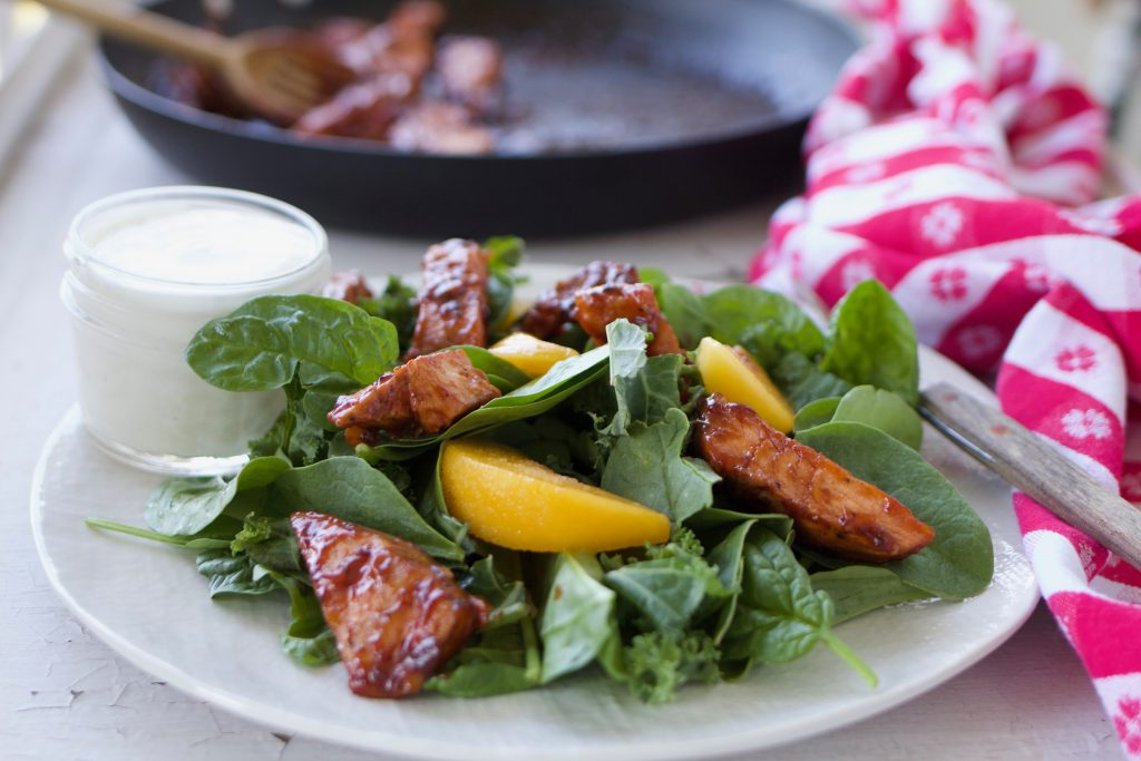 Grilled Chicken and Peach Salad with Caramelized Barbecue Sauce