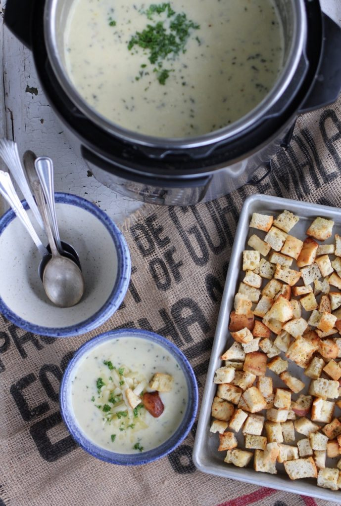 Instant Pot White Cheddar Potato Soup