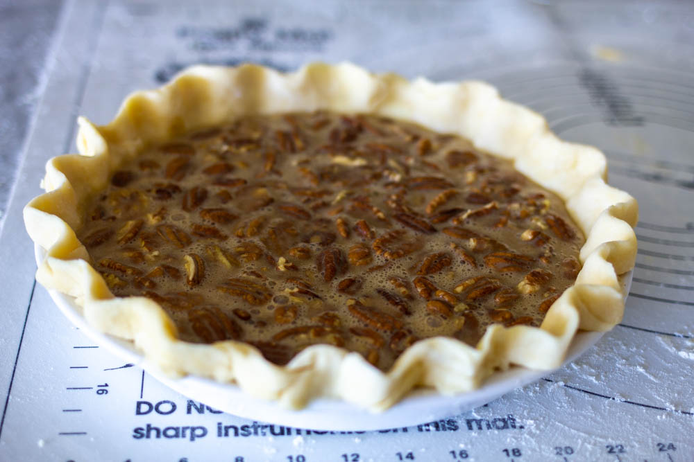 Unbaked pecan filling