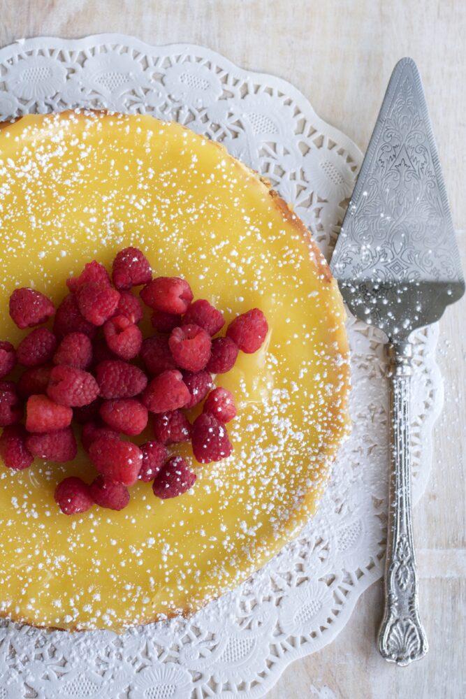5 Food Gifts Mom Will Love Lemon Cream Cheese Tart